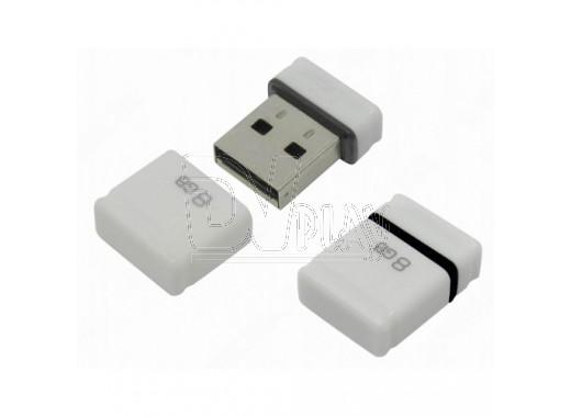 USB Flash 8Gb Qumo Nano белая