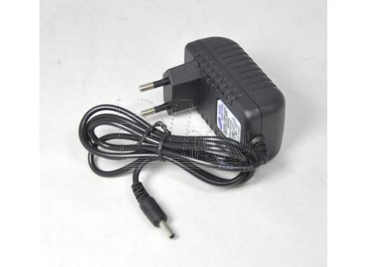 Адаптер питания 5V 2000mA (3.5*1.35)