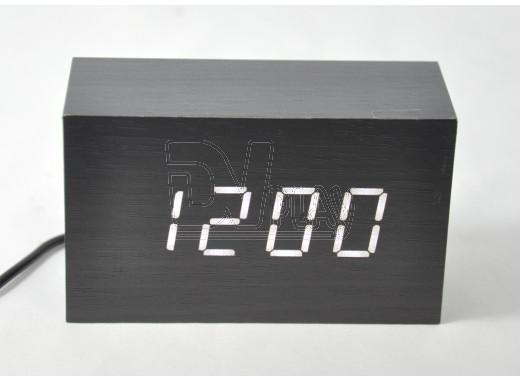 Часы электронные в деревянном корпусе VST-863 с белой подсветкой