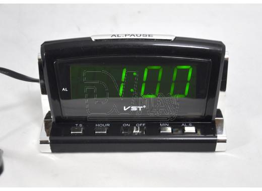 VST 718-2 часы настольные с зелеными цифрами