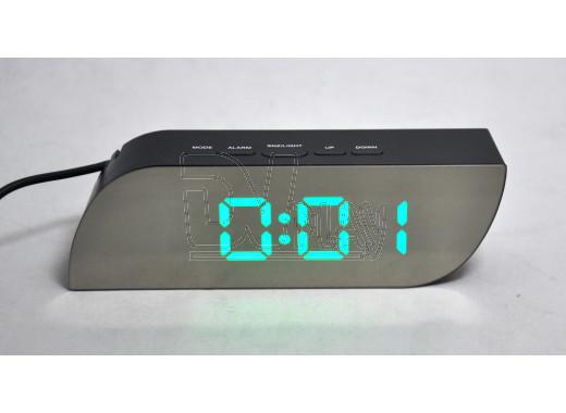 Часы зеркальные 018-4 с зелеными цифрами