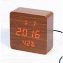 VST-872-S-1 часы настольные в деревянном корпусе с датчиком влажности с красными цифрами