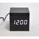 VST-869-6 часы настольные в деревянном корпусе с белыми цифрами