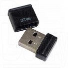 USB Flash 32Gb Qumo Nano черная