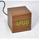 VST-869-4 часы настольные в деревянном корпусе (коричневый корпус, зеленые цифры)
