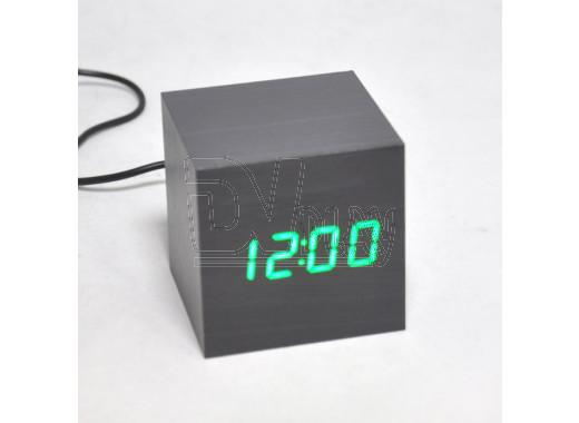 VST-869-4 часы настольные в деревянном корпусе (черный корпус, зеленые цифры)